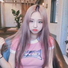 Pin on Ulzzang Pretty Korean Girls, Cute Korean Girl, Pretty Asian, Cute Asian Girls, Cute Girls, Uzzlang Girl, Korean Beauty, Asian Beauty, Girl Korea
