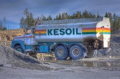 Kesoil is a gas station brand that hasn't existed for at least 15 years. I'm not sure, but i think this elderly truck serves as a gasoline tank for machines of the quarry behind it. Photoshop Elements, Gas Station, 15 Years, Hdr, At Least, Trucks, 15 Anos, Truck