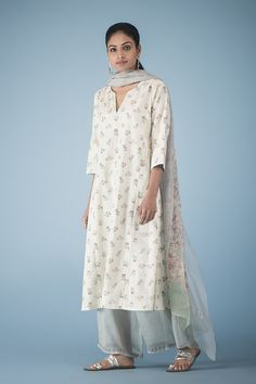 BAHAR A garden of Chintz florals illustrated in the colours of spring on chanderi, silk modal, and cotton. #GoodEarthSustain