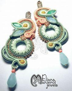 Blätterformen und Pastelltöne - der Sommer kann kommen! Soutache-Ohrringe - Designed by @elianamaniero   Mehr auch auf ihrer Facebookseite https://www.facebook.com/ElianaManieroJewels/