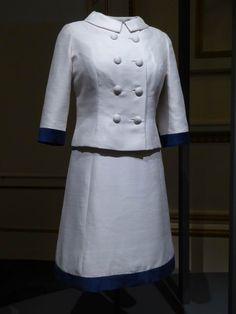 Fashioning a Reign: 90 Years of Style from the Queen's Wardrobe - Magnificent Exhibition at Buckingham Palace 56