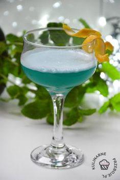 Alkoholowe (drinki, shoty, nalewki i likiery) - KulinarnePrzeboje.pl Blue Curacao, Martini, Margarita, Baby Blue, Drinks, Tableware, Food, Gastronomia, Drinking