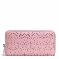 Coach Taylor Eyelet Wallet in Pink F50673