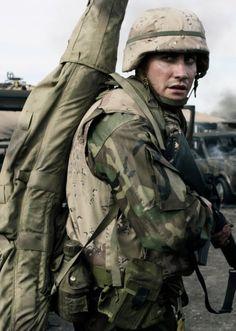 Jake Gyllenhaal as Anthony Swofford in 'Jarhead' (2005) Dir. Same Mendes