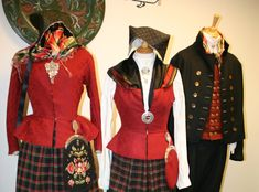 Husfiden på Tynset har i alle år solgt stoffer og tilbehør til Østerdalsbunaden for både dame og herre. I de senere årene er det blitt pop... Folk Costume, Costumes, My Heritage, Norway, Victorian, Culture, Dresses, Fashion, Vestidos