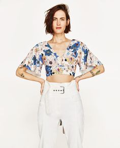 Image 2 of PRINTED CROP TOP from Zara