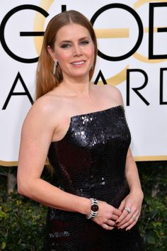Amy Adams in Tom Ford at 2017 Golden Globe Awards in Beverly Hills