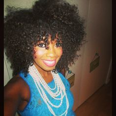 Big hair curls + a big smile + layers of pearls...perfect! Get the look with Kurly Klips My Fro Collection in Bob Cat length (kurlyklips.com)
