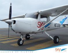 No necesitas ir a otro país para formarte como #Piloto. Escríbenos a info@skyecuador.com o 0969063172 WhatsApp