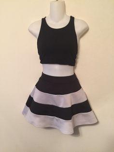 Skirt    [url]: http://www.vinted.com/sh/clothes/15047979-black-and-white-stripe-skater-skirt