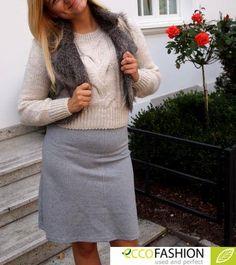 Szary nie jest nudny!! Emanuje spokojem, subtelnością i elegancją.... Nadaje się dla wszystkich i na każdą okazję!! Wykorzystaliśmy ten kolor w naszej stylizacji. Ciekawi jesteśmy, jak wam się podoba!  Sweter. Cena: 32,79 zł Kamizelka. Cena: 57,79 zł Spódnica. Cena: 59 zł #stylizacje #inspiracje #moda #fashion #jesien #listopad #eccofashion