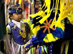 Cabazon, California — An estimated 25,000 spectators gathered to celebrate Native American culture and traditions at the 27th Annual Morongo Thunder & Lightning Powwow last weekend.