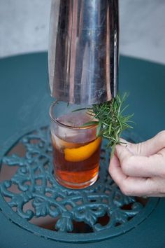 15 New Takes on the Old Fashioned - 1805 Old Fashioned w Smoking Rosemary - Smoked Cocktails, Fruity Cocktails, Bourbon Cocktails, Whiskey Drinks, Craft Cocktails, Party Drinks, Liquor Drinks, Christmas Cocktails, Scotch Whiskey