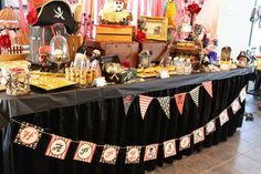 Pirate Party via Kara's Party Ideas. Use some of these with your Murder Among the Mateys party! 5th Birthday Party Ideas, Birthday Party Tables, Pirate Birthday, Pirate Theme, Pirate Baby, 4th Birthday, Partys, Party Accessories, Party Time