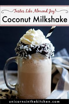 This chocolate coconut milkshake will be your favorite! It's creamy, indulgent and so delicious! It's made with ice cream but a healthy version is also included. Coconut Milkshake, Homemade Milkshake, Vanilla Milkshake, Chocolate Milkshake, Chocolate Treats, Delicious Chocolate, Chocolate Lovers, Vegan Chocolate, Chocolate Recipes