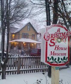Top 10 Movie Sets that Took On A Life Of Their Own - Christmas Story House, OH  A-Christmas-Story-House  When filming on 1983's A Christmas Story ended, Ralphie's house gave up the glamorous Hollywood lifestyle, and went back to being a house. Like other ordinary houses, it was eventually renovated until it looked nothing like it had in the movie.  Read more: http://www.toptenz.net/top-10-movie-sets-that-took-on-a-life-of-their-own.php#ixzz2ThblWF5g