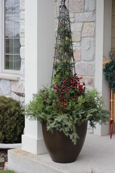 Don't Buy A Christmas Container Planter, Make Your Own. Nitty gritty Tutorial On How I Made This Front Porch Christmas Planter Container Garden. Recycled Christmas Decorations, Outdoor Christmas Planters, Christmas Urns, Diy Christmas Lights, Outdoor Planters, Garden Planters, Christmas Wreaths, Xmas, Holiday Decorations