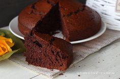 Torta dei cucchiai al cacao un dolce semplice e velocissimo,si prepara con un frullatore e si pesa con un cucchiaio!!Morbida e saporita
