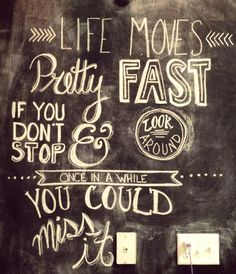 Are you looking for inspiration for your chalkboard wall? Here are 25 great ideas for you!