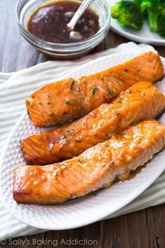 This simple Garlic Honey Glazed Salmon is ready in only 35 minutes!