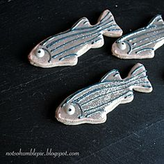 Zebrafish cookies: MUST do for Seanna's graduation #science #fish
