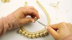 Fashion Topic Crystal Pearl Necklace
