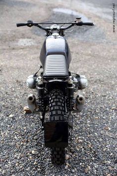 BMW Street Tracker by Rock n roll cycles #motorcycles #streettracker #motos   caferacerpasion.com