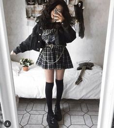Indie Outfits, Cute Casual Outfits, Pretty Outfits, Goth Girl Outfits, Cute Grunge Outfits, Goth Girls, Cute Goth Girl, Pastel Goth Outfits, Edgy Girls