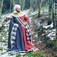 Historical Costume, Historical Clothing, Larp, 15th Century Clothing, Medieval Costume, Medieval Clothing, 14th Century, Great Pictures, Fantasy Characters