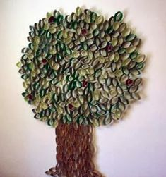 Tons of toilet paper tubes? Make this cool classroom tree. Toilet Paper Roll Art, Rolled Paper Art, Toilet Paper Crafts, Paper Crafting, Paper Tree Classroom, Group Art Projects, Paper Towel Rolls, Tree Wall Art, Paper Design