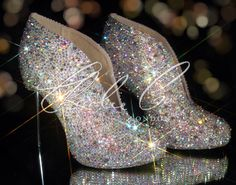Diamond bling swarovski shoes for Charlie and Co. of London Pretty Shoes, Beautiful Shoes, Cute Shoes, Me Too Shoes, Sparkle Shoes, Bling Shoes, Bling Bling, Prom Shoes, Dress Shoes