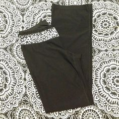 Leopard active pants! So cute! Excellent condition! With pocket built in waist band! Stretchy material! Black and white leopard! jcpenney Pants Track Pants & Joggers