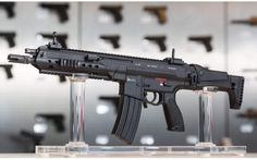 Pictures of the new Heckler and Koch rifle is showing up all over the net. Designated as the the new H&K rifle is developed for the German military. Heckler & Koch, Airsoft, Rifles, Battle Rifle, Assault Rifle, Cool Guns, Military Weapons, Guns And Ammo, Revolver