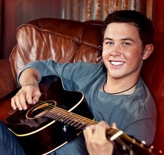 This is my future husband Scotty McCreery <3 ;)