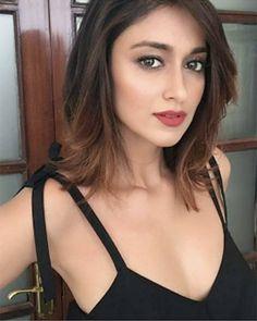 We have ileana d cruz navel hot & sexy ileana hot images in bikini bra Swimwear and video Indian Bollywood Actress, Bollywood Girls, Beautiful Bollywood Actress, Beautiful Actresses, Indian Actresses, Bollywood Celebrities, Indian Celebrities, Bollywood Stars, Beautiful Girl Indian