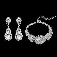 Accessoires: Verleih & Verkauf – Marry4love Berlin: Brautkleider Verleih und Hochzeitskleider Verkauf, Brautmode nach Maß Marry Me, Diamond, Jewelry, Fashion, Accessories, Renting, Bridle Dress, Moda, Jewlery