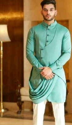 35 Latest Kurta Pajama Designs For Wedding Green Pathani Kurta Mens Indian Wear, Mens Ethnic Wear, Indian Groom Wear, Indian Men Fashion, Mens Fashion Suits, Indian Man, Kurta Pajama Men, Kurta Men, Wedding Dresses Men Indian
