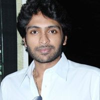 Time for grandsons to make it big -   Vikram Prabhu, grandson of Sivaji Ganesan has made a name for himself. He is currently working nearly half-a-dozen movies in big banners.  Read More: http://www.kalakkalcinema.com/tamil_news_detail.php?id=6800&title=Time_for_grandsons_to_make_it_big