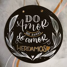 Lettering Tutorial, Hand Lettering, Paper Plane, Posca, Words Quotes, Decoupage, Diy And Crafts, Decorative Plates, Doodles
