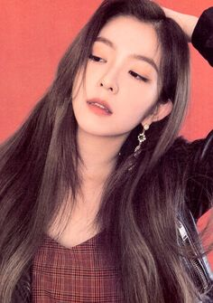Find images and videos about kpop, red velvet and irene on We Heart It - the app to get lost in what you love. Red Velvet アイリーン, Red Velvet Irene, Seulgi, Kpop Girl Groups, Kpop Girls, Asian Woman, Asian Girl, Red Velvet Photoshoot, Rapper