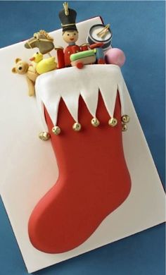 Cake Wrecks - Home - Sunday Sweets: Christmas Charm Christmas Cake Designs, Christmas Cake Decorations, Christmas Cupcakes, Christmas Sweets, Christmas Cooking, Holiday Cakes, Noel Christmas, Christmas Goodies, Christmas Stockings