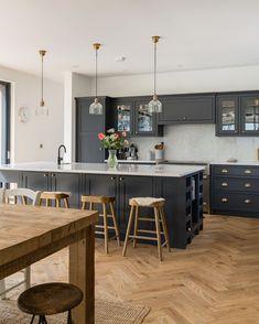 Shaker Kitchens, The Shaker Kitchen Company, Shaker Style Kitchens Home Decor Kitchen, Interior Design Kitchen, New Kitchen, Kitchen Counters, Kitchen Taps, Kitchen Fixtures, Kitchen Reno, Kitchen Remodeling, Remodeling Ideas