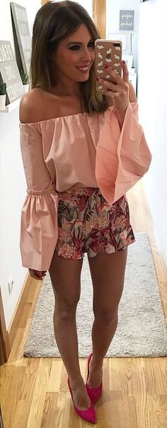 Its sounds like an easy problem but usually getting dressed is not easy. In order to build your perfect summer outfit, you should have the right items and you should know how to bring them together. There's nothing better than an outfit that's comfy and actually stylish, right? To get the best of both worlds, we have 50+ totally …