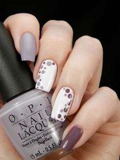 Beautiful nails might put you in an instant good mood. No matter how old you are, decorating your nails will always make you look more spirit and vitality.