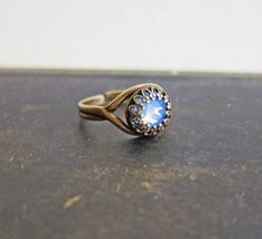 Air Opal Ring by Jewelsalem
