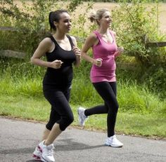 For those Mammas-to-be who ran before pregnancy the health benefits to you and baby of continuing to run throughout your pregnancy are plentiful. Click here for more advice!