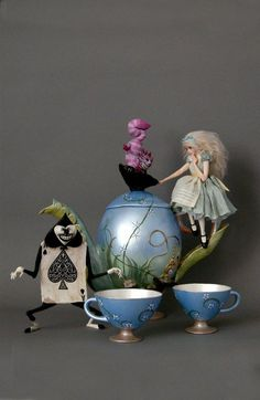 A new piece I created with a close friend who does amazing egg art. The tea set is made from eggs! I'm an Alice fanatic and so want t. ALICE IN WONDERLAND TEA SET 1 Hades Disney, Alice In Wonderland Party, Adventures In Wonderland, Alison Wonderland, West Art, Mad Hatter Tea, Mad Hatters, Lewis Carroll, Through The Looking Glass