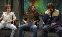 Ryan Gosling Loses It During SNL 'Alien Abduction' Sketch