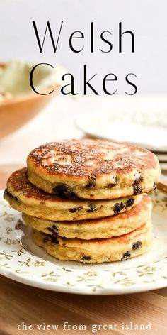 Welsh Cakes like a cross between a pancake and a scone these sweet buttery breakfast cakes are a delicious Welsh tradition! Easy Welsh Cakes, Welsh Cakes Recipe, Welsh Recipes, Baking Recipes, Cookie Recipes, Dessert Recipes, Brunch Recipes, Blog Food, Delicious Desserts