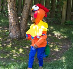 Recreate this easy DIY kids Hei Hei the rooster costume by starting with super soft Primary basics. Shop solid color basics for kids & baby all under $25!